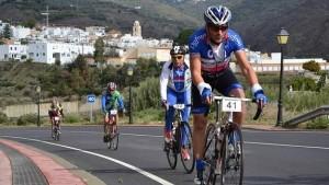 'La Indomable' reúne hoy en La Alpujarra a más de 700 ciclistas