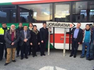 El autobús llega por primera vez a la pequeña localidad alpujarreña de Jorairátar