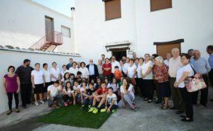 El nieto de Niceto Alcalá-Zamora dona 5.000 libros a la biblioteca municipal de Mecina Bombarón