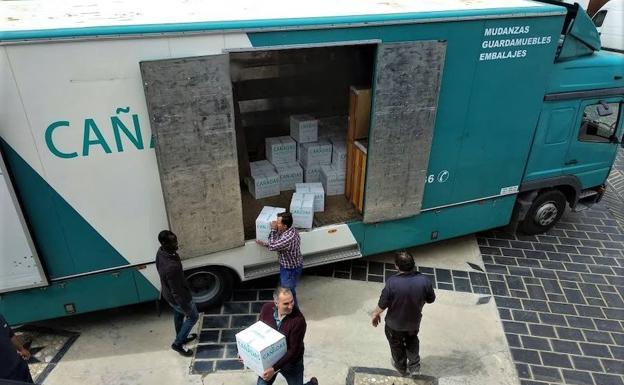 La familia de Niceto Alcalá-Zamora dona 8.000 obras a la biblioteca de Alpujarra de la Sierra