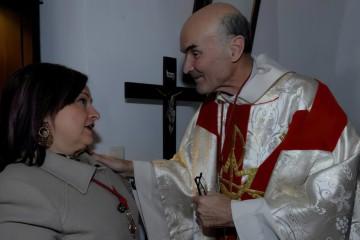 Yegen rinde homenaje a quien fuera su párroco, Manuel España Hidalgo