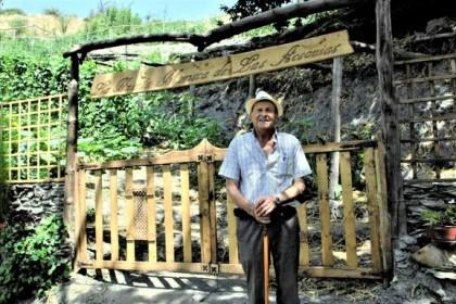 El 'hombre de los 1.000 oficios' de La Alpujarra
